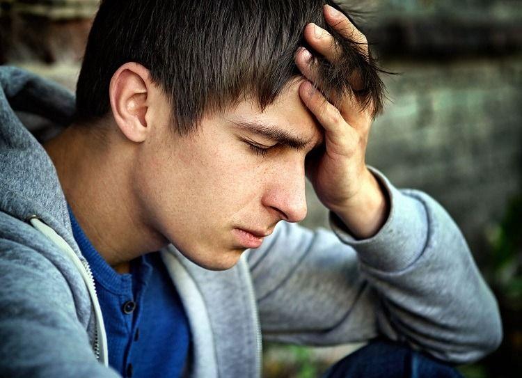 Conozca las señales de advertencia de una enfermedad mental en adolescentes