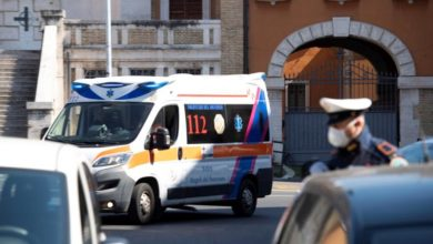 Photo of Italy, told by Chinese experts to do more, now leads world in Covid-19 deaths