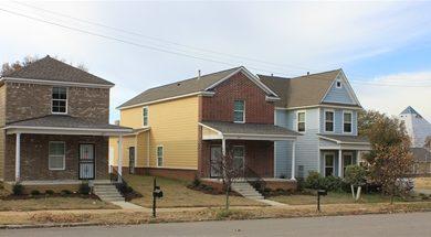 Photo of Building Blitz celebra casa número 500 construida por Habitat For Humanity en Memphis