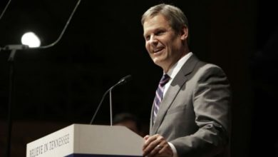 Photo of Governor Bill Lee Announces Statewide Closure of Schools