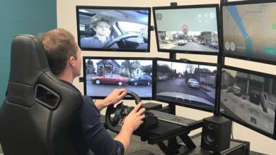 """Photo of Compañía contratará a conductores humanos para operar carros """"a distancia"""""""