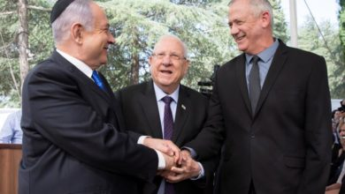 Photo of Netanyahu, Gantz form unity government to end months of deadlock