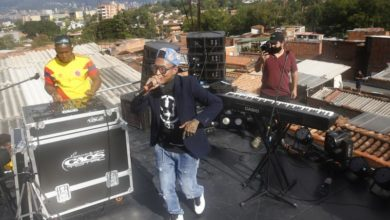 Photo of Medellin's Comuna 13 urges support during pandemic through concert