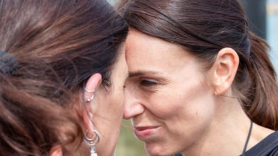 Photo of New Zealand's deputy PM says COVID-19 may end iconic Maori greeting