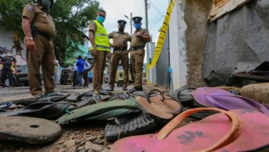 Photo of 3 Sri Lanka women killed in stampede over coronavirus aid