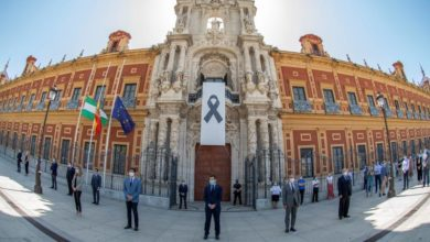 Photo of Spain comes to a halt to remember coronavirus victims