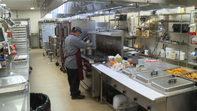Photo of FHU Dining Hall Serves Curbside Meals During Pandemic
