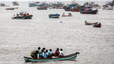 Photo of India evcuates thousands along west coast as cyclone nears Mumbai