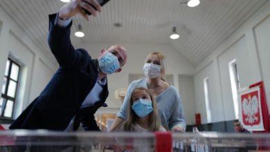Photo of Leadership race narrows in Polish presidential clash