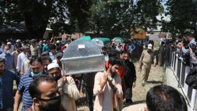 Photo of Pro-India politician from Modi's BJP shot dead in Kashmir