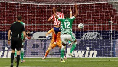 Photo of Atleti seal Champions berth; Barça chase Real Madrid