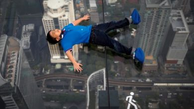 Photo of Don't look down: visitors enjoy the view of Bangkok 314 meters up