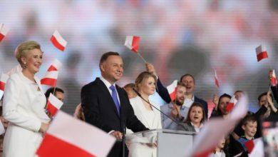 Photo of Duda narrowly wins 2nd term as president of Poland