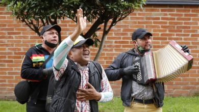 Photo of Balconies become dancefloors in Bogota with orchestra street party