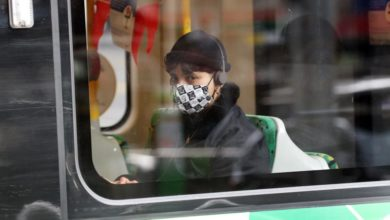 Photo of Victoria makes masks mandatory, extends state of emergency
