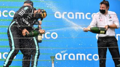 Photo of Hamilton wins in Hungary to take the lead in F1