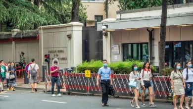 Photo of China orders closure of US consulate in Chengdu city