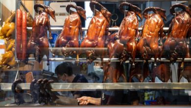 Photo of Hong Kong bans dining out amid stricter Covid measures