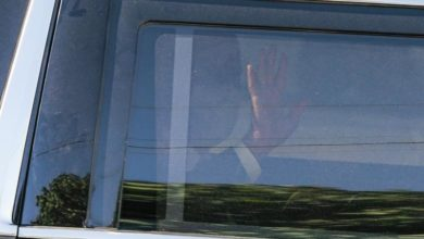 Photo of Biden shows empathy in meeting with Kenosha's black community