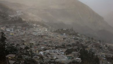Photo of Ecuadorian villages of 6 provinces covered in Sangay volcano ash