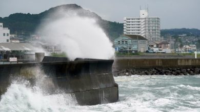 Photo of Tokyo and eastern Japan on alert over Typhoon Dolphin