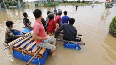 Photo of At least 123 killed in floods, landslides in central Vietnam, Cambodia