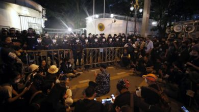 Photo of Bangkok protesters march on German embassy, demand probe into Thai king