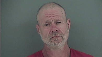Photo of Severed Finger Leads to Arrest in Log Splitter Theft in Tennessee